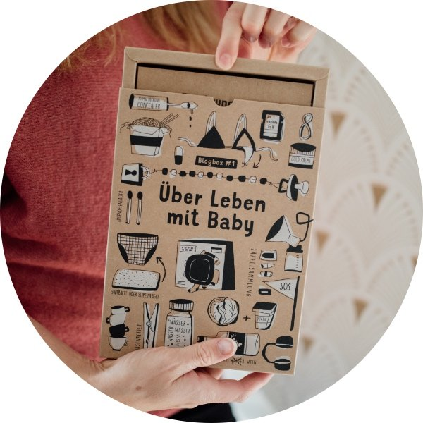 Unser kreatives Postkartenbuch rund ums Überleben mit Baby für die Mama
